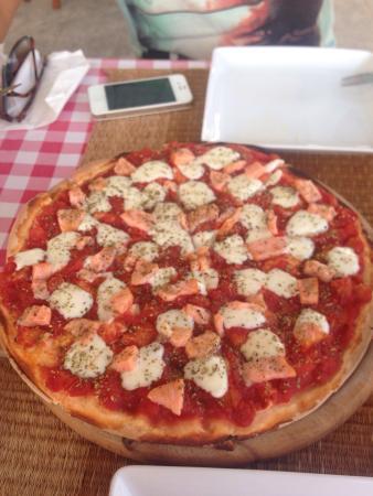L'Osteria Samui : Pizza salmone