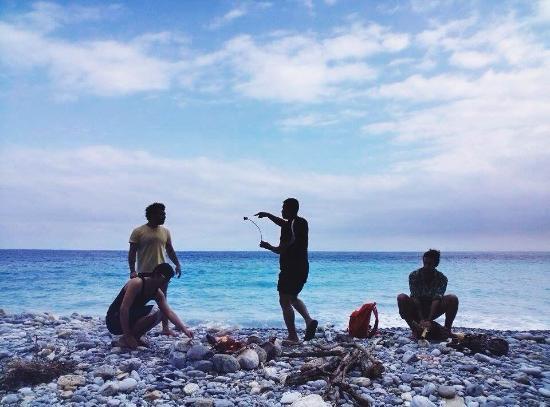 Amigos Hostel : 清水斷崖