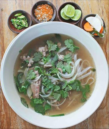 HOTEI PHO BO-Vietnamese Beef Noodle Soup - Picture of Warung