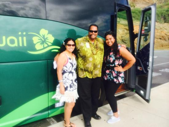 Oahu Grand Circle Island Tour: Our awesome tour guide Cousin Brandon..