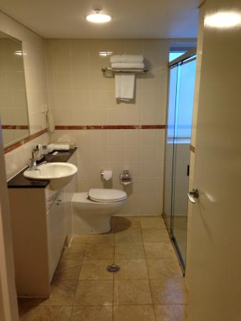 Mantra on Kent: Bathroom