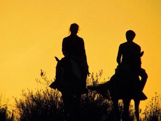 Mundo Caballo : Marcelo took this of us as the sun was setting