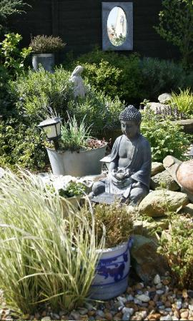 Hotelletje de Veerman: Onze gezellige tuin