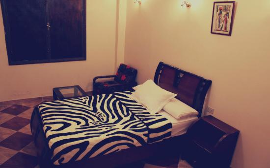 Travel Joy Hostel: room