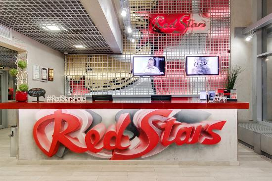 Red Stars Hotel: Reception