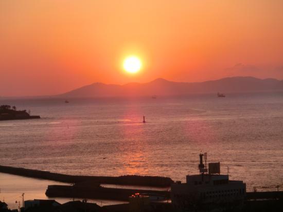 Morozaki Hazu Cape (Hazu Jinja Shrine) : 知多半島の日の出