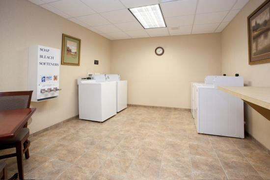 Hampton Inn & Suites Pocatello: Guest Laundry