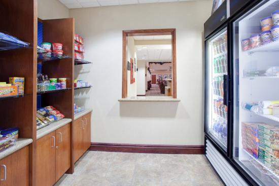 Hampton Inn & Suites Pocatello: Sweet Shop