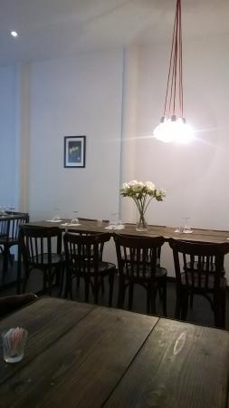 La Cuisine Republique of Marseille: La salle