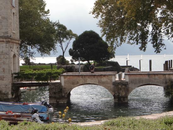 MAG Museo Alto Garda: Ponte de acesso ao museu