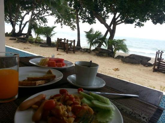 Siam Beach Resort: breakfast