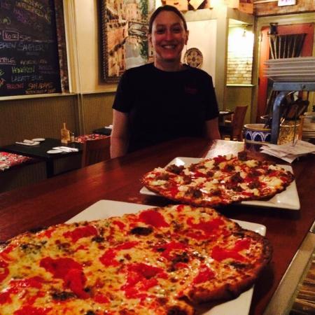 Lago Trattoria : Real Italian Pizza!