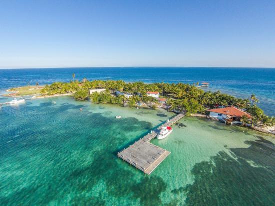 Hatchet Caye Island Resort