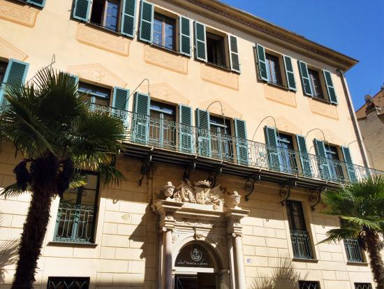 Hotel Palazzu U Domu: La façade