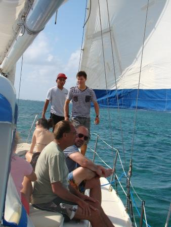 Jungle Water Adventures : On sailboat for full day snorkeling.