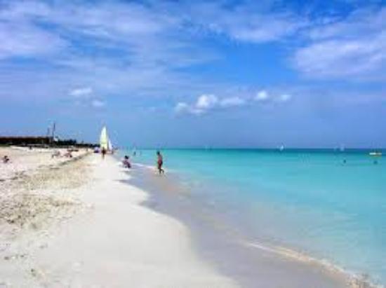 Sol Sirenas Coral Resort: La mejor ranja de playa