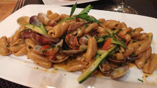 Osteria dell Olio: Oatmeal pasta with clams