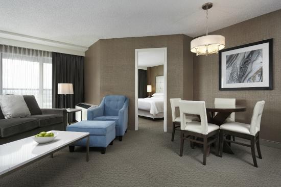 Sheraton Cavalier Hotel: Executive Queen Suite