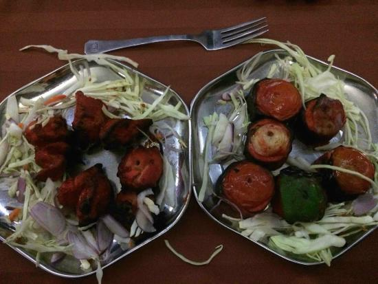Nuralis Restaurant : Chicken and Panner Tikka
