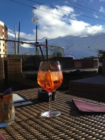 Altapura: Aperol Spritz on the hotel terrace.