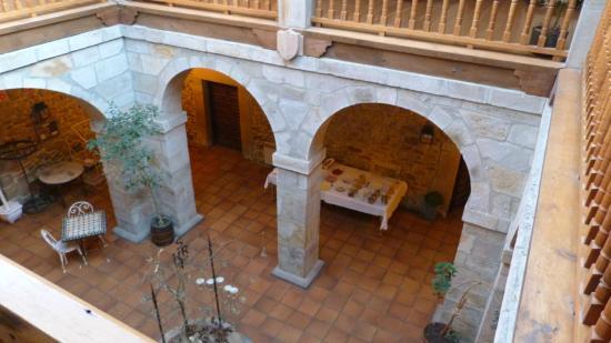 Hotel Convento San Roque: Patio interior,desayuno