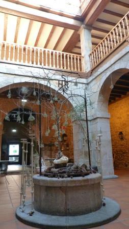 Hotel Convento San Roque: Patio