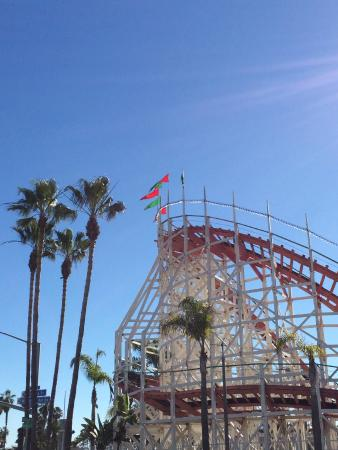 Mission Beach: Giant Dipper coaster at Belmont Park