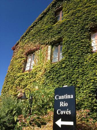Cantina Rio Coves: Entrada al aparcamiento