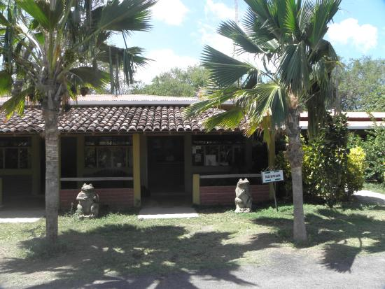 Reception, Charco Verde      Altagracia, Isla de Ometepe, Nicaragua