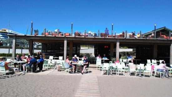 Limak Lara De Luxe Hotel&Resort: Strandbar !