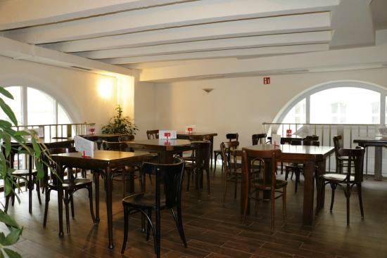 Photo of Mediterranean Restaurant Tunnel Vienna at Florianigasse 39, Vienna 1080, Austria