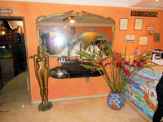 San Pietro Hotel : Hotel San Pietro - angolo della reception