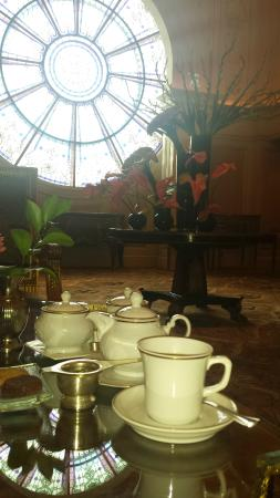 Four Seasons Hotel Cairo at the First Residence: Tea lounge