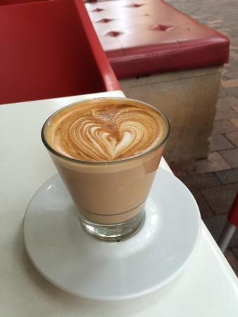 Playfair Cafe: Latte