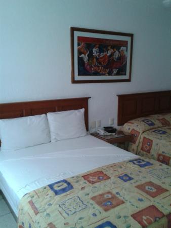 Hotel Camba : HABITACIÓN DOBLE