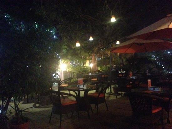 Tamarin: pretty gardens