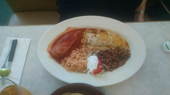 Naya's Taqueria: Chili Relleno with Chicken Enchilada