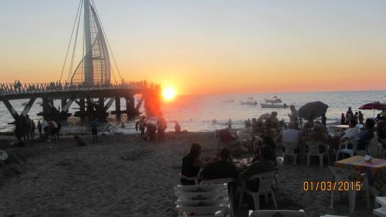 Playa Los Arcos Hotel Beach Resort & Spa: Beach view of new Pier