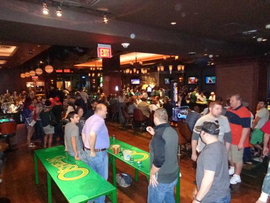 Beer pong casino vegas