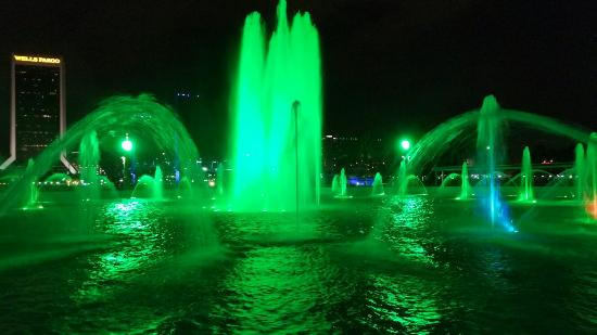 Friendship Fountain: Fountain