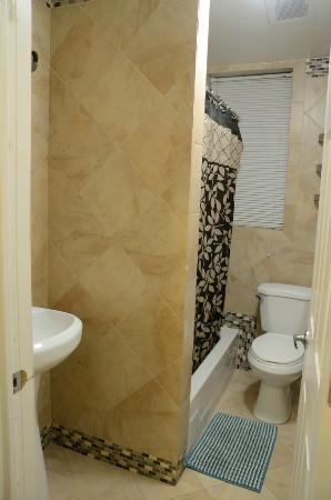 Haiban Inn : Bathroom