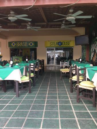Brasil Steak House: eating area