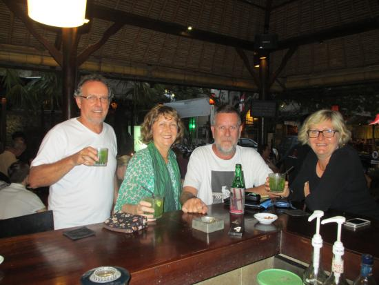 Cinta Inn : My sisters, brother-in-law and I at the Cinta bar last year