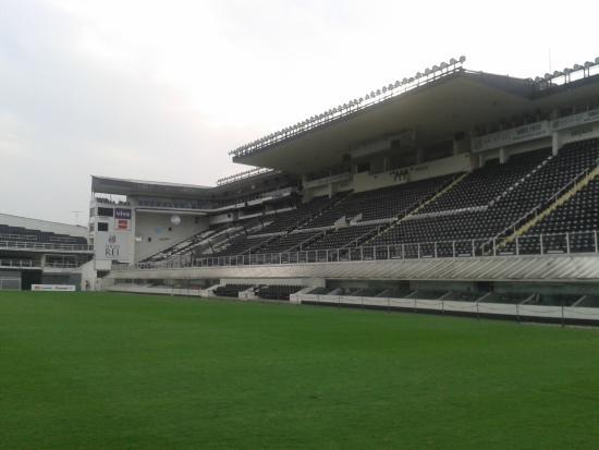 Gramado da Vila Belmiro - Foto de Estadio do Santos Futebol Clube ... e455e0c9bb6e0