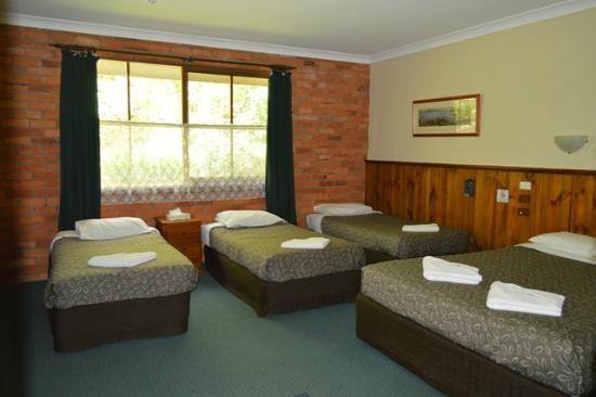 Corryong Country Inn : Room 8