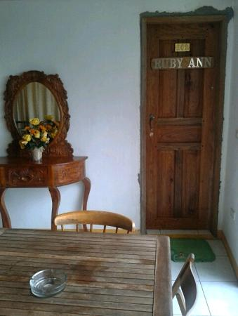 Palanca Guest House: Habitación Ruby Ann #102