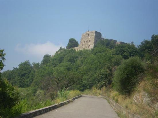 Eremo di Santa Maria a Castello di Lanzara