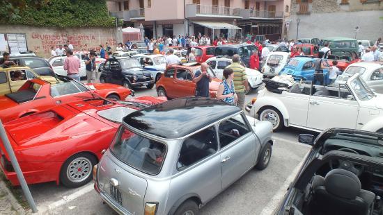 Lanzara, Italien: Raduno auto d'epoca