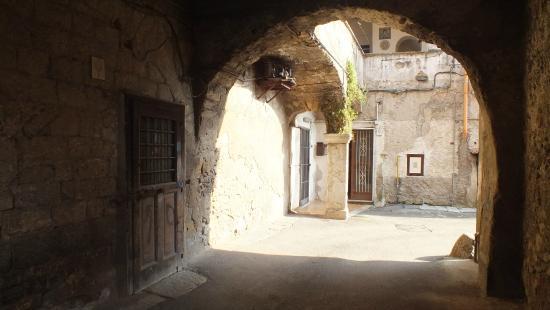 Lanzara, Italie: Scorcio di Vicolo sette venti