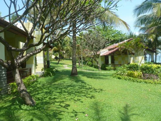White Sand Doclet Resort & Spa: около нашего домика